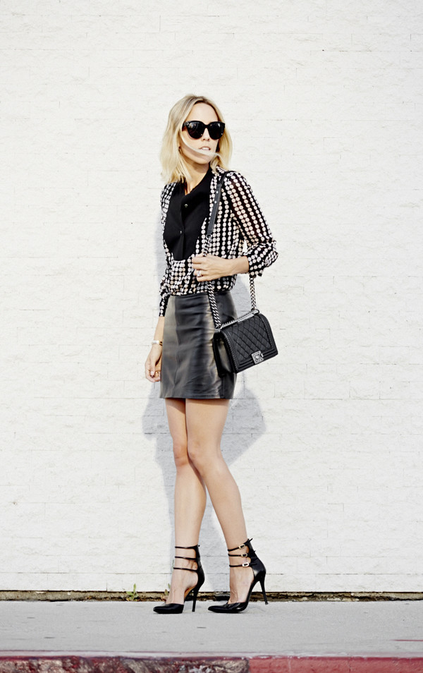damsel in dior skirt shoes jewels