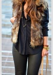 jacket,faux fur vest,top,cardigan,vest,fur,layers,pretty,beige fur vest,black shirt,pants,black pants,gold watch,watch