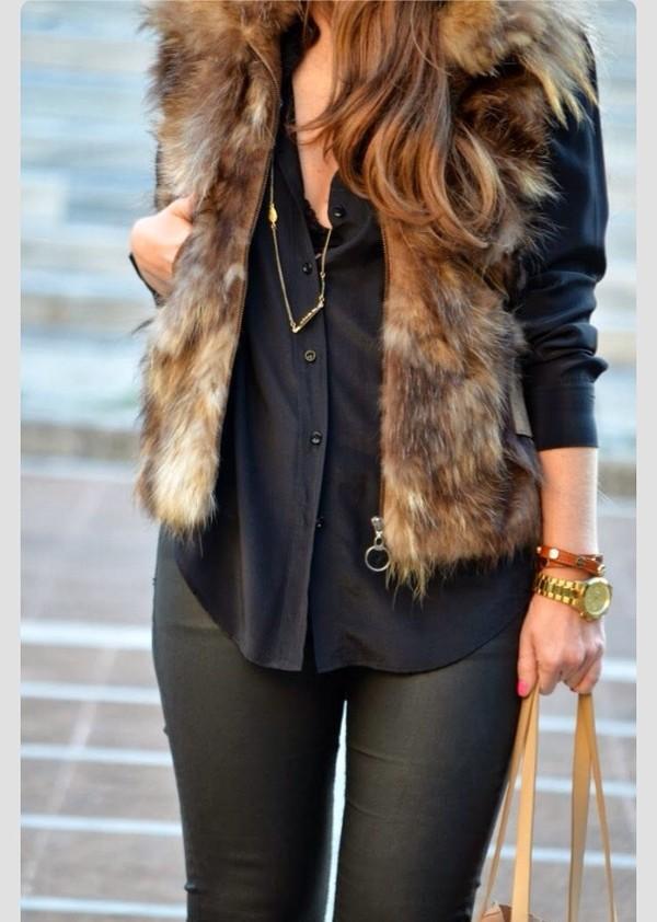 jacket faux fur vest top cardigan vest fur layers pretty beige fur vest black shirt pants black pants gold watch watch