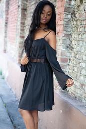 dress,black,black dress,black lace dress,off the shoulder,off the shoulder dress,bell sleeves,bell sleeve dress,explore,tbt,throwbackthursday,throwback,happy,cute,love,girl,boho chic,boho,bohemian,british