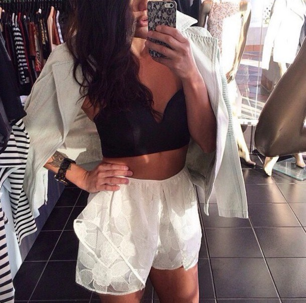 shorts white black t-shirt shirt