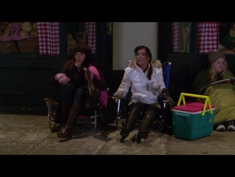 coat white coat brown boots alyson hannigan lily aldrin how i met your mother