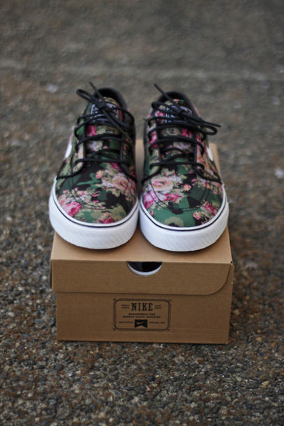 f386469e1078 shoes floral lace up sneakers nike female fashion flowers beautiful floral  nikes nike sb tumblr nike