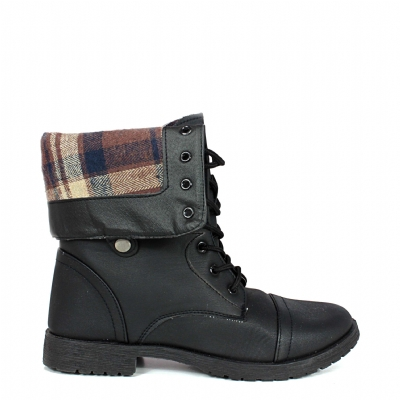 Blk/plaid fold over boot