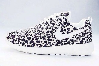 shoes nike nike running shoes nike shoes nike roshe run nike sneakers leopard print black white black and white