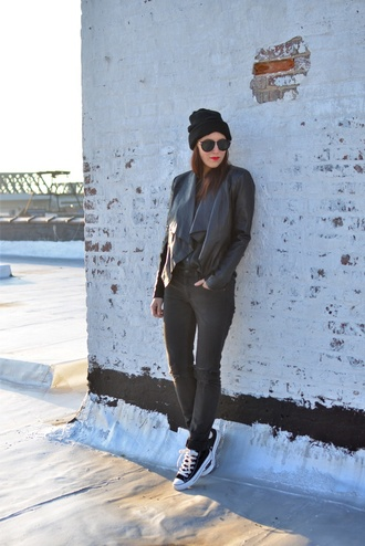 my style pill blogger hat grey jeans converse beanie asymmetrical leather jacket black all black everything sunglasses shirt jeans make-up bag