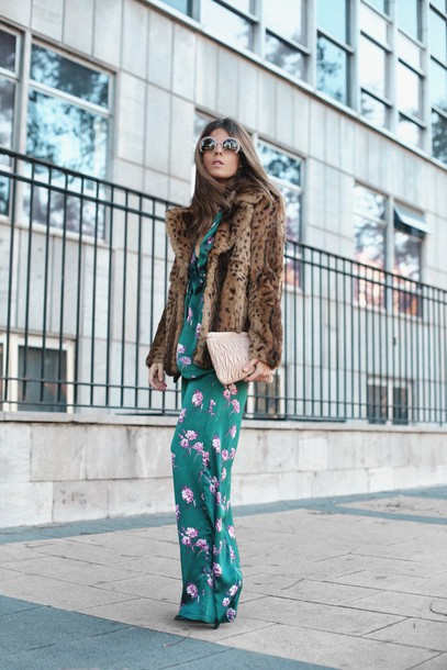 pants tumblr floral floral pants wide-leg pants matching set pajama style jacket fur jacket faux fur jacket sunglasses