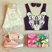 shirt,tiger,blue eyes,animals,black and white,converse,cut offs,crop tops,shorts,bag,clutch,floral,shoes