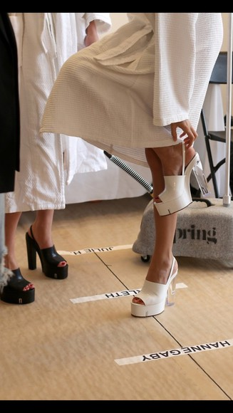 white white shoes white high heels chunky heels peep toes peep toe heels peep toe pump peeptoe chunky sole chunky boots chunky chunky shoes chunky sandals clear clear heel transparent shoes transparant transparent platforms transparency