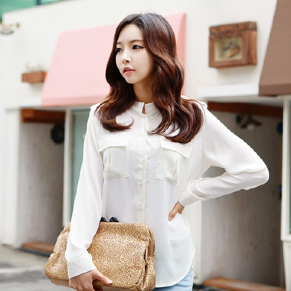Shoulder strap blouse