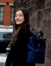 bag,tumblr,nyfw 2017,fashion week 2017,fashion week,streetstyle,coat,black coat,backpack,blue backpack