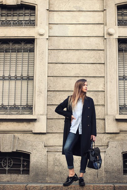 fashion quite blogger long coat shirt black shoes coat jeans shoes jewels