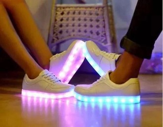 shoes white shoes glow glow in the dark colourful shine sparkling pink blue