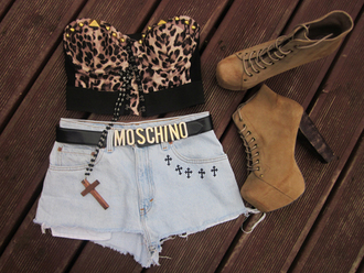 shoes high heels boots brown platform lace up boots shirt leopard print cross necklace buister shorts belt moschino jewels crop tops cute studs summer outfits outfit t-shirt gold studs cut off shorts marcia cross combat boots leopard print shirt