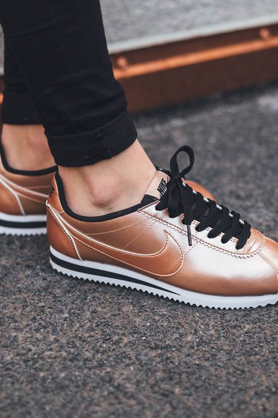 shoes rose gold nike femme nike cortez