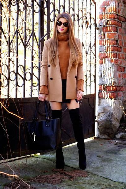 only my fashion style blogger rust camel coat black bag turtleneck mini skirt black skirt
