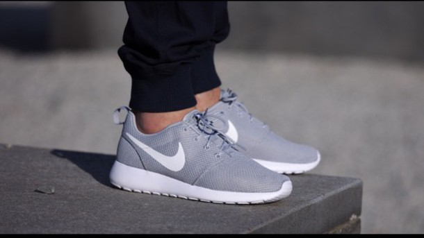 niwlmn Shoes: nike roshe run, wolf grey, nike, women - Wheretoget
