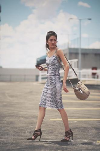 bam it's joanne blogger dress black heels snake print jewels shoes bag