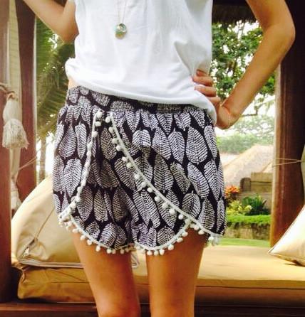 Pom Pom Shorts – Maison Balika