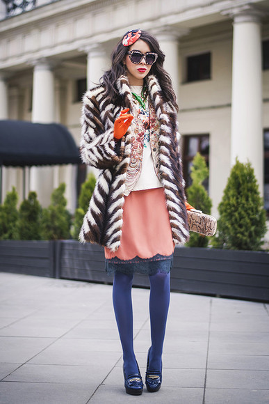 jacket bag jewels shoes sunglasses t-shirt skirt macademian girl coat