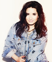 jacket,demi lovato,demetria devonne lovato,jackets in jeans,jeans,lovatic