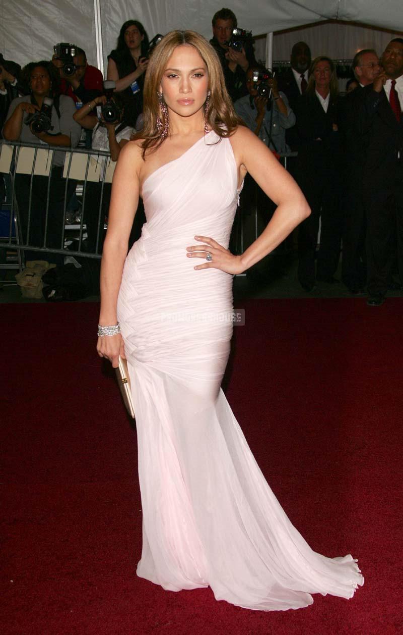 Ruched One Shoulder Elegant Trumpet Pink Chiffon Celebrity Dress - Promdresshouse.com