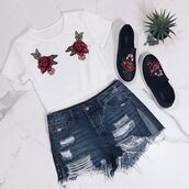 top,amazing lace,crop tops,white crop tops,rose patch crop top,rose applique crop top,rose crop top,rose appliqué