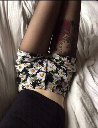 shorts flowered shorts daisy daisy shorts