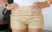shorts,clothes,gold sequins,gold,High waisted shorts,glitter,cute,Sequin shorts