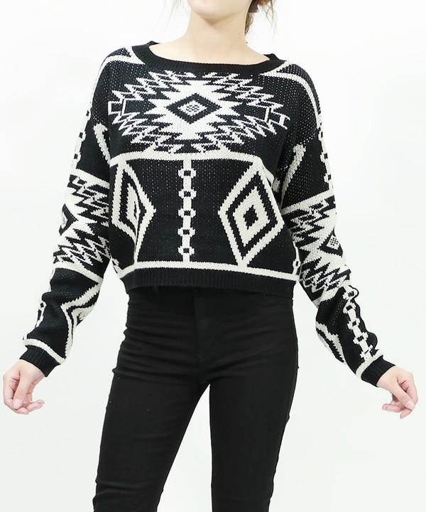 top sweater top trendy trendy trendy fashionista stylish crop aztec tribal pattern tribal pattern cropped sweater