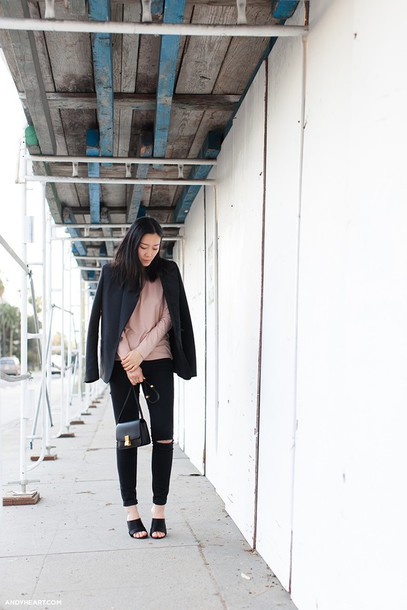 andy heart blogger black jeans pink sweater blazer