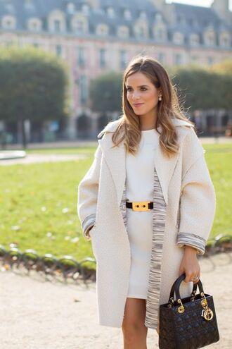 coat white coat white dress gold buckle belt black handbag blogger