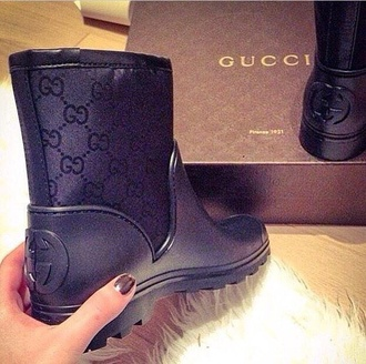 shoes gucci boots help black shoes black boots brand luxury luxurious girly top style