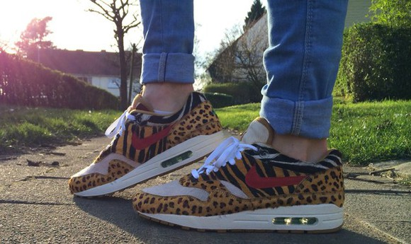 zebra print sneakers air max air max one nike air max 1 tiger print yellow jungle tropical nike air max one tigre tiger shoes zébrer safari