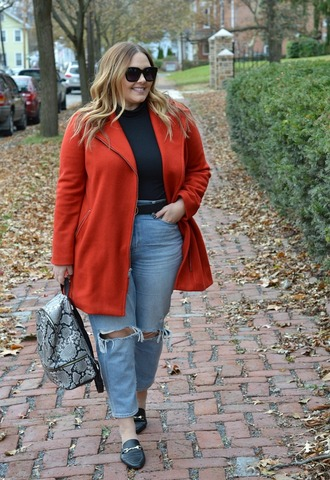 mommyinheels blogger jacket top jeans shoes bag belt plus size red coat loafers backpack fall outfits