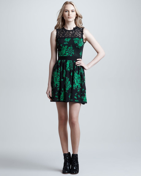 Red Valentino Lace Inset Floral Knit Dress  in Green (black/green) | Lyst