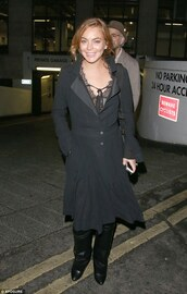 coat,fall outfits,lindsay lohan