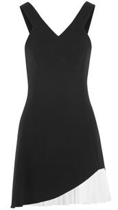 victoria beckham,v neck,silk,wool,asymmetrical,skirt,blouse,t-shirt,cardigan,coat,jumpsuit