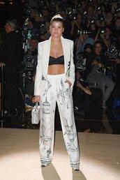 pants,blazer,suit,bra,necklace,sofia richie,milan fashion week 2016,print
