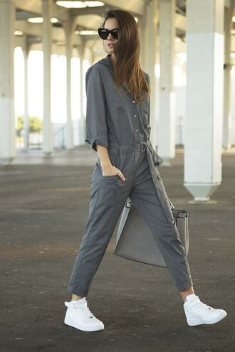 fashion vibe blogger jumpsuit bag sunglasses grey sneakers