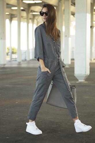 fashion vibe blogger jumpsuit bag sunglasses grey sneakers