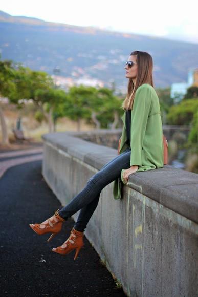 peep toe boots bag peep toe blogger marilyn's closet blog top sunglasses cardigan