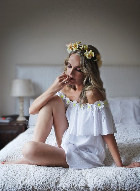 dress romwe daisy white dress underwear daisy daisy dress white daisy bohemian boho boho dress boho boho chic boho bohostyle boho chic boho boho dress bohemian dress bohemian bohemia dress bohemian dress