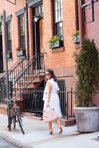 the corporate catwalk blogger handbag