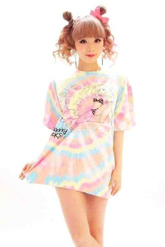 t-shirt kawaii kawaii grunge pastel pastel pink pastel grunge shirt anime japan soft grunge anime shirt tie dye japanese fashion