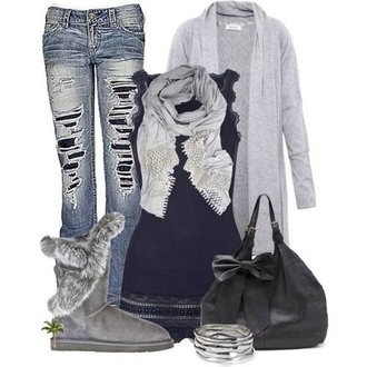 bag winter sweater winter outfits winter boots shoes winter oversized cardigan fall outfits ugg boots long cardigan jeans skinny jeans scarf women scarfs winter scarf shoes shirt tank top t-shirt sweater cardigan ripped jeans