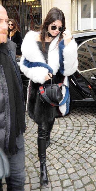 shoes fur fur coat streetstyle fashion week 2016 big fur coat sunglasses kendall jenner black leather pants leather pants black pants bag black bag celebrity style celebrity model boots black boots
