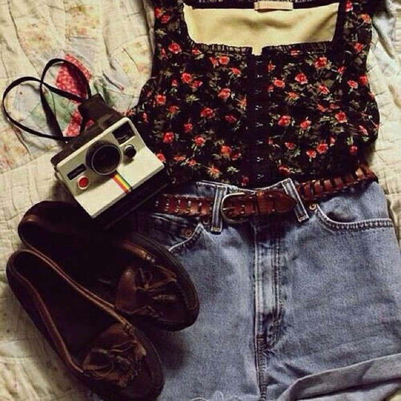 blouse shoes shorts