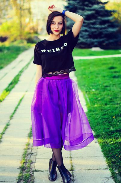 beauty insanity skirt t-shirt jewels bag shoes