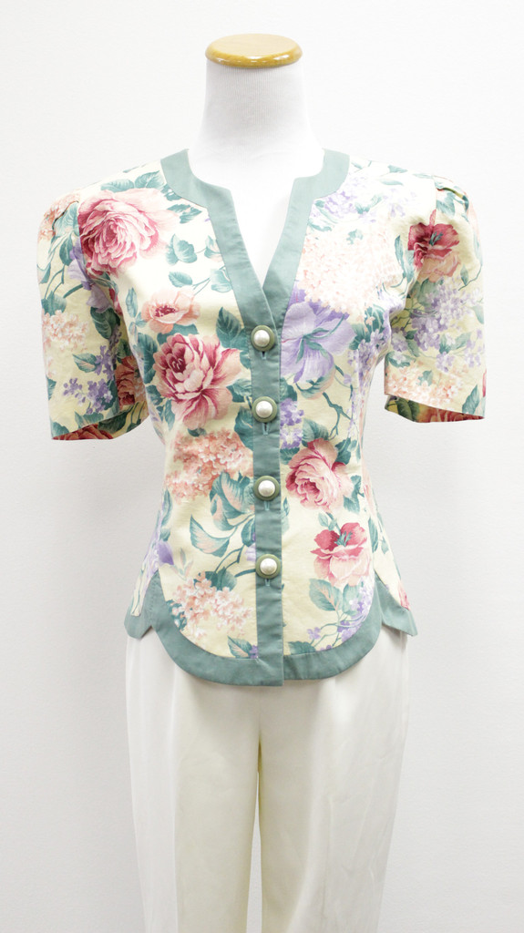 Jessica howard floral short sleeve soft blazer (size